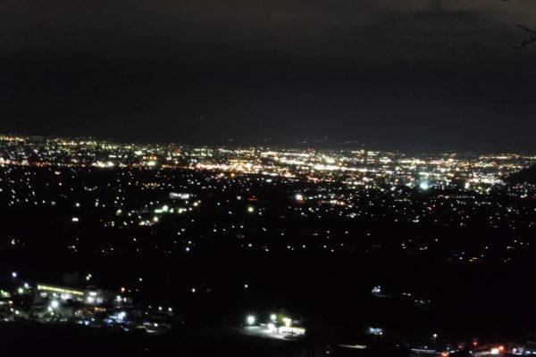 RVパーク甲州市勝沼ぶどうの丘の夜景